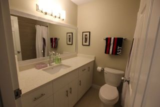 "Photo 11: 14821 HOLLY PARK Lane in Surrey: Guildford Townhouse for sale in ""HOLLY PARK LANE"" (North Surrey)  : MLS®# R2226961"
