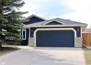 Photo 1: 148 WOODBEND Way: Okotoks House for sale : MLS®# C4170640