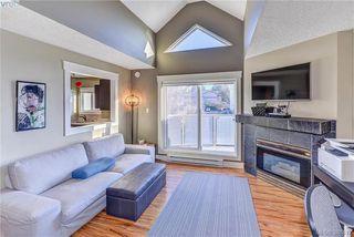 Photo 2: 402 2710 Grosvenor Road in VICTORIA: Vi Oaklands Condo Apartment for sale (Victoria)  : MLS®# 388412