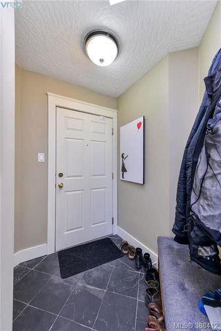 Photo 16: 402 2710 Grosvenor Road in VICTORIA: Vi Oaklands Condo Apartment for sale (Victoria)  : MLS®# 388412