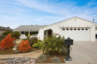 Photo 2: CLAIREMONT House for sale : 4 bedrooms : 7434 Ashford Pl in San Diego