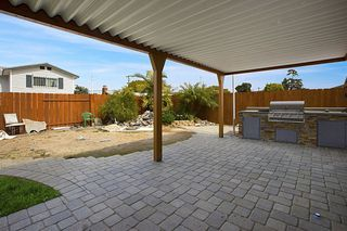 Photo 21: CLAIREMONT House for sale : 4 bedrooms : 7434 Ashford Pl in San Diego