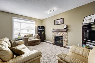 Photo 3: 149 EVEROAK Park SW in Calgary: Evergreen House for sale : MLS®# C4173050
