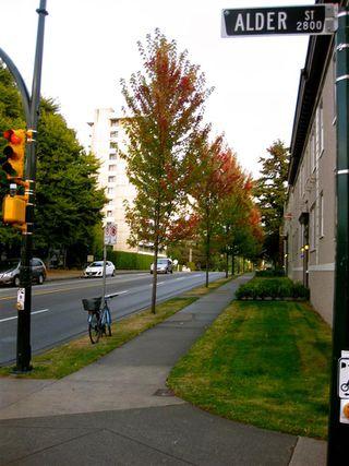 "Photo 16: 203 2825 ALDER Street in Vancouver: Fairview VW Condo for sale in ""BRETON MEWS"" (Vancouver West)  : MLS®# R2248577"