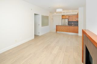 "Photo 8: 111 5955 IONA Drive in Vancouver: University VW Condo for sale in ""FOLIO"" (Vancouver West)  : MLS®# R2269280"