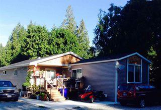 "Main Photo: 5611 WAKEFIELD Road in Sechelt: Sechelt District House for sale in ""WEST SECHELT"" (Sunshine Coast)  : MLS®# R2271228"