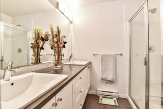 "Photo 10: 36 15152 91 Avenue in Surrey: Fleetwood Tynehead Townhouse for sale in ""Fleetwood Mac"" : MLS®# R2290041"