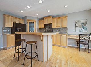 Photo 5: 50 ROYAL OAK Heights NW in Calgary: Royal Oak Detached for sale : MLS®# C4206024