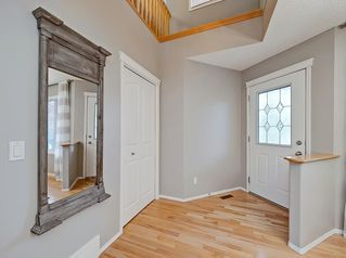 Photo 2: 50 ROYAL OAK Heights NW in Calgary: Royal Oak Detached for sale : MLS®# C4206024