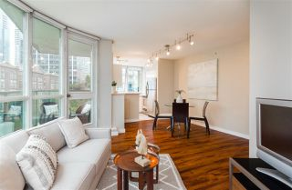 """Photo 5: 706 555 JERVIS Street in Vancouver: Coal Harbour Condo for sale in """"Harbourside Park"""" (Vancouver West)  : MLS®# R2307295"""