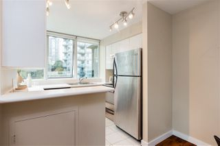 "Photo 7: 706 555 JERVIS Street in Vancouver: Coal Harbour Condo for sale in ""Harbourside Park"" (Vancouver West)  : MLS®# R2307295"
