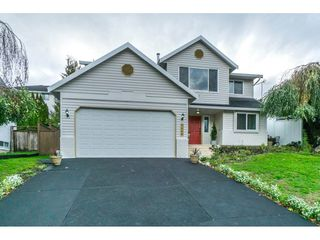 "Photo 1: 3960 OLD CLAYBURN Road in Abbotsford: Abbotsford East House for sale in ""SANDY HILL"" : MLS®# R2311870"