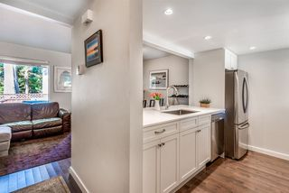 """Photo 6: 861 BLACKSTOCK Road in Port Moody: North Shore Pt Moody Townhouse for sale in """"Woodside Village"""" : MLS®# R2319015"""