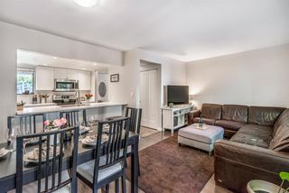 """Photo 2: 861 BLACKSTOCK Road in Port Moody: North Shore Pt Moody Townhouse for sale in """"Woodside Village"""" : MLS®# R2319015"""