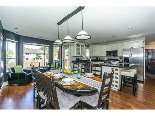 """Photo 9: 20667 91A Avenue in Langley: Walnut Grove House for sale in """"Greenwood Estates - Central Walnut Grove"""" : MLS®# R2319178"""