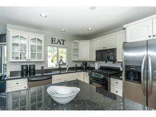 """Photo 7: 20667 91A Avenue in Langley: Walnut Grove House for sale in """"Greenwood Estates - Central Walnut Grove"""" : MLS®# R2319178"""