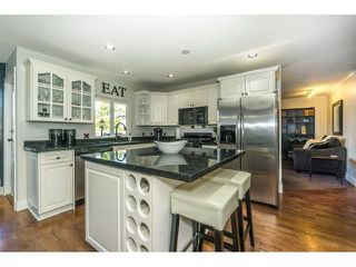 """Photo 6: 20667 91A Avenue in Langley: Walnut Grove House for sale in """"Greenwood Estates - Central Walnut Grove"""" : MLS®# R2319178"""