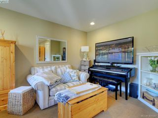 Photo 25: 6437 Fox Glove Terrace in VICTORIA: CS Tanner Single Family Detached for sale (Central Saanich)  : MLS®# 401567