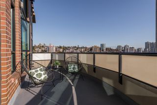 "Photo 7: 523 10 RENAISSANCE Square in New Westminster: Quay Condo for sale in ""MURANO LOFTS"" : MLS®# R2322005"