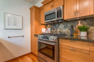 "Photo 11: 523 10 RENAISSANCE Square in New Westminster: Quay Condo for sale in ""MURANO LOFTS"" : MLS®# R2322005"