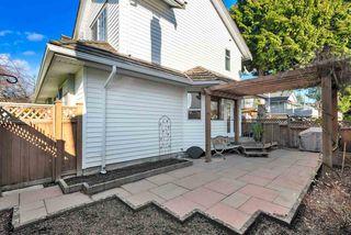 Photo 18: 15578 ROPER Avenue: White Rock House for sale (South Surrey White Rock)  : MLS®# R2332642