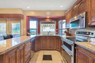 Photo 3: 15578 ROPER Avenue: White Rock House for sale (South Surrey White Rock)  : MLS®# R2332642