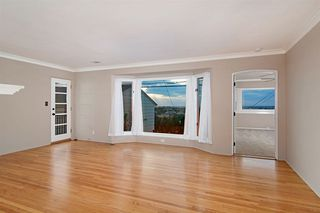 Photo 5: POINT LOMA House for sale : 3 bedrooms : 2716 Poinsettia Drive in San Diego