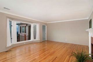 Photo 6: POINT LOMA House for sale : 3 bedrooms : 2716 Poinsettia Drive in San Diego