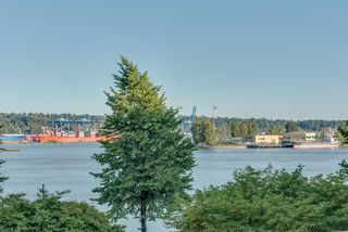 "Photo 2: 402 1220 QUAYSIDE Drive in New Westminster: Quay Condo for sale in ""Tiffany Shores"" : MLS®# R2334252"