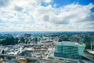 "Photo 13: 2704 9981 WHALLEY Boulevard in Surrey: Whalley Condo for sale in ""INFINITY 2"" (North Surrey)  : MLS®# R2347005"