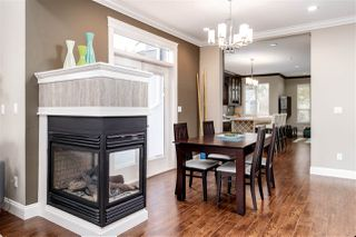 Photo 7: 931 QUADLING Avenue in Coquitlam: Maillardville House 1/2 Duplex for sale : MLS®# R2347847