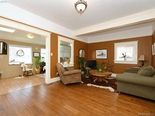 Photo 11: 810 Russell Street in VICTORIA: VW Victoria West Single Family Detached for sale (Victoria West)  : MLS®# 406709