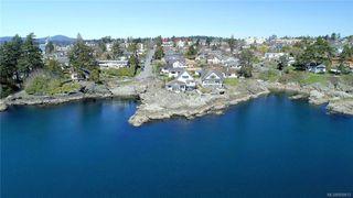 Photo 38: 445 Foster St in VICTORIA: Es Saxe Point House for sale (Esquimalt)  : MLS®# 809612