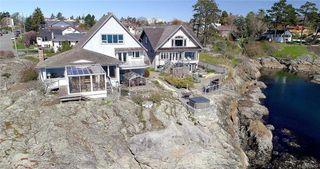 Photo 37: 445 Foster St in VICTORIA: Es Saxe Point House for sale (Esquimalt)  : MLS®# 809612