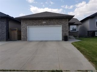 Photo 3: 518 Dickson Lane in Saskatoon: Stonebridge Residential for sale : MLS®# SK767205