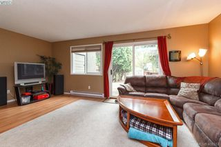 Photo 4: A 3263 Galloway Road in VICTORIA: Co Wishart North Half Duplex for sale (Colwood)  : MLS®# 408318