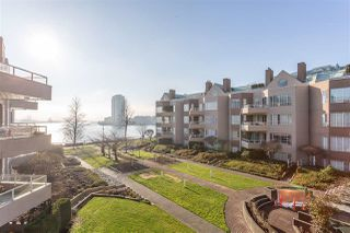 Photo 1: 308 1150 QUAYSIDE Drive in New Westminster: Quay Condo for sale : MLS®# R2362561