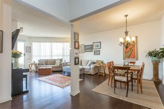 Photo 2: 308 1150 QUAYSIDE Drive in New Westminster: Quay Condo for sale : MLS®# R2362561