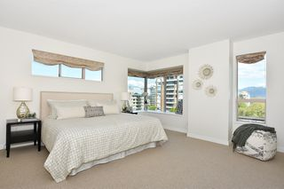 "Photo 9: 902 2288 W 40TH Avenue in Vancouver: Kerrisdale Condo for sale in ""Kerrisdale Parc"" (Vancouver West)  : MLS®# R2363807"
