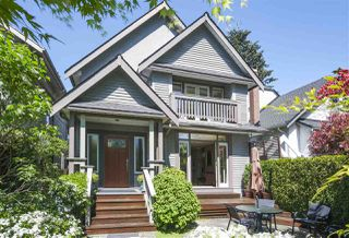 "Main Photo: 3389 W 2ND Avenue in Vancouver: Kitsilano House 1/2 Duplex for sale in ""Kitsilano"" (Vancouver West)  : MLS®# R2368470"