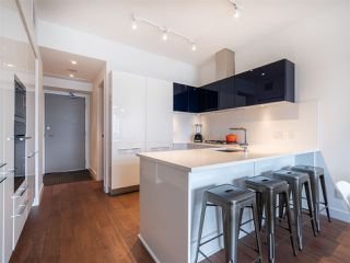 "Photo 5: 906 108 E 1ST Avenue in Vancouver: Mount Pleasant VE Condo for sale in ""MECCANICA"" (Vancouver East)  : MLS®# R2372003"