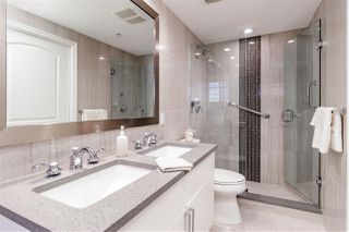 """Photo 15: 1101 199 VICTORY SHIP Way in North Vancouver: Lower Lonsdale Condo for sale in """"THE TROPHY"""" : MLS®# R2373597"""