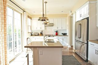 Photo 7: KEARNY MESA Condo for sale : 3 bedrooms : 8993 LIGHTWAVE AVE in SAN DIEGO