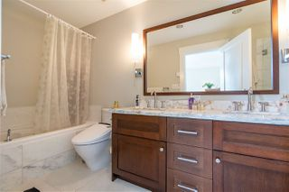 Photo 12: 5987 OAK Street in Vancouver: South Granville Townhouse for sale (Vancouver West)  : MLS®# R2377785