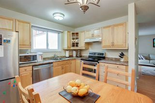 Photo 9: 7131 180 Street NW in Edmonton: Zone 20 Townhouse for sale : MLS®# E4160863