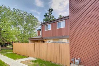 Photo 1: 7131 180 Street NW in Edmonton: Zone 20 Townhouse for sale : MLS®# E4160863