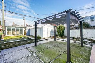 Photo 17: 2645 TRIUMPH Street in Vancouver: Hastings Sunrise House for sale (Vancouver East)  : MLS®# R2381550