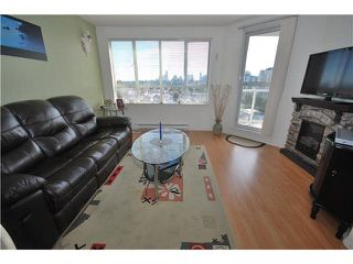 Photo 9: 1201 3489 ASCOT Place in Vancouver: Collingwood VE Condo for sale (Vancouver East)  : MLS®# R2381769