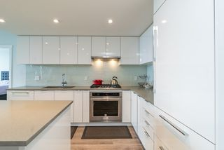 """Photo 16: 3105 6638 DUNBLANE Avenue in Burnaby: Metrotown Condo for sale in """"MIDORI"""" (Burnaby South)  : MLS®# R2384420"""