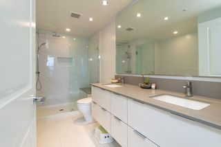 """Photo 8: 3105 6638 DUNBLANE Avenue in Burnaby: Metrotown Condo for sale in """"MIDORI"""" (Burnaby South)  : MLS®# R2384420"""